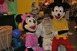 Dedek Mraz in Risani Junaki